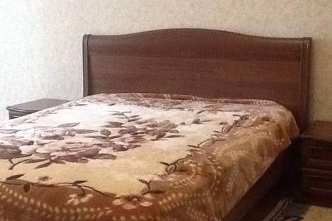 Сдается 1-комнатная квартира посуточно в Армавире, Советская армия 222.