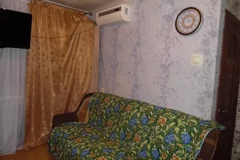 Сдается 1-комнатная квартира посуточнов Чебоксарах, ул. Космонавта Николаева А.Г., 36.