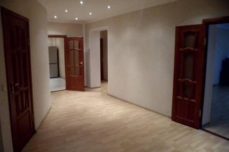 Сдается 3-комнатная квартира посуточнов Элисте, Юбилейная 7.