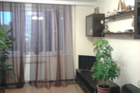 Сдается 1-комнатная квартира посуточнов Чебоксарах, ул. Академика Королева, 5.