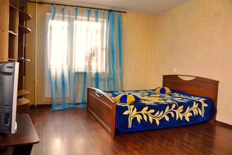 Сдается 1-комнатная квартира посуточно, Елецкая улица, 10.