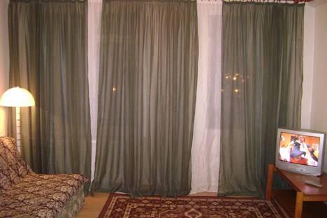 Сдается 1-комнатная квартира посуточнов Санкт-Петербурге, б-р Новаторов д.77.