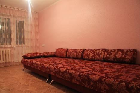 Сдается 3-комнатная квартира посуточно, Пр московский д 165.