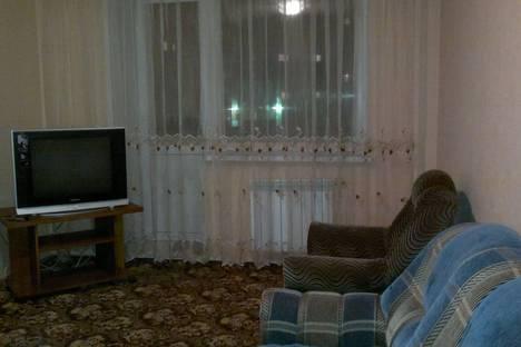 Сдается 2-комнатная квартира посуточно, проспект Дружбы Народов, 52.