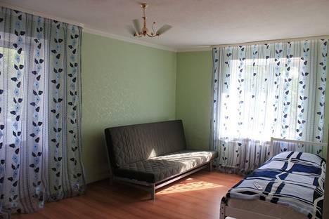 Сдается 1-комнатная квартира посуточно в Мурманске, ул. Профсоюзов, 1.