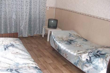 Сдается 3-комнатная квартира посуточно, Ермака, 9.