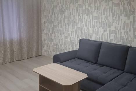 Сдается 2-комнатная квартира посуточно в Ангарске, ул.Коминтерна 12 а микрорайон дом 7 а.