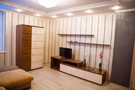 Сдается 1-комнатная квартира посуточно в Курске, ул.Почтовая, 12.