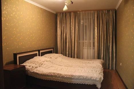 Сдается 3-комнатная квартира посуточнов Пятигорске, ул. Пастухова, 1.