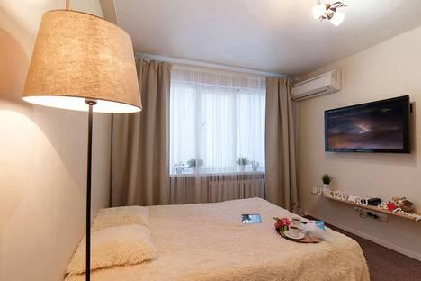 Сдается 1-комнатная квартира посуточно в Пятигорске, ул. Адмиральского, д. 2к1.