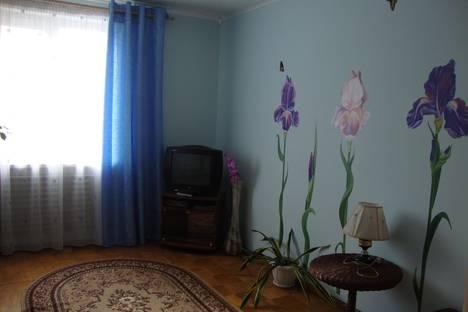 Сдается 1-комнатная квартира посуточнов Ижевске, клубная,57.