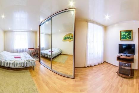 Сдается 1-комнатная квартира посуточнов Кирове, Советская 94.