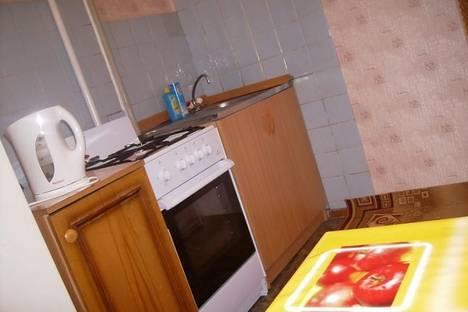 Сдается 1-комнатная квартира посуточно в Нижнем Новгороде, ул. Совнаркомовская, 28.