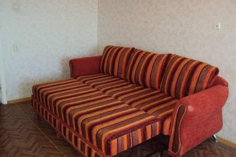 Сдается 1-комнатная квартира посуточнов Курске, 1-я Ламоновская ул., 3.