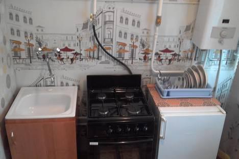 Сдается 1-комнатная квартира посуточно в Ухте, ул. Первомайская, 5.