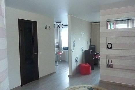 Сдается 1-комнатная квартира посуточнов Саратове, ул. Рабочая, 122.