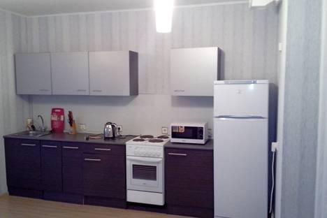 Сдается 3-комнатная квартира посуточно, плеханова 66.