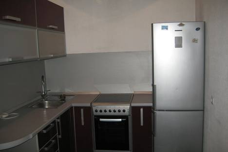 Сдается 2-комнатная квартира посуточно в Абакане, ул. Хакасская, 171.
