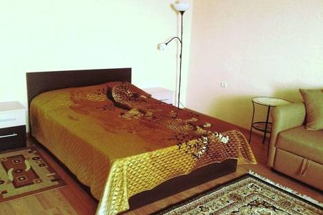 Сдается 1-комнатная квартира посуточно в Новочеркасске, ул. Первомайская, 97.