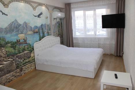 Сдается 2-комнатная квартира посуточно, ул. Ярославская, 72.