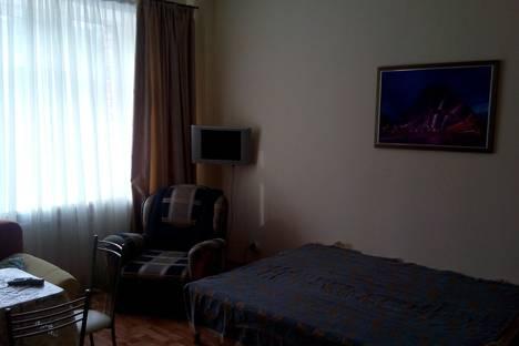 Сдается 1-комнатная квартира посуточно в Ханты-Мансийске, ул. А. А. Дунина-Горкавича,8.