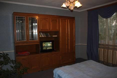 Сдается 2-комнатная квартира посуточно в Воронеже, ул. Марата, 24б.