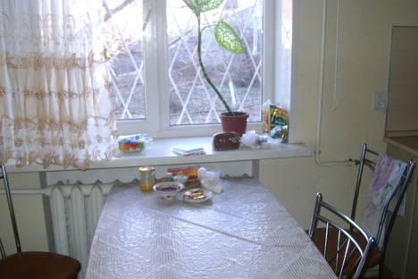 Сдается 2-комнатная квартира посуточно, уд.Героев-сибиряков,д.67.