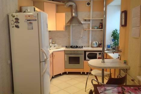 Сдается 2-комнатная квартира посуточно в Ярославле, пр.Московский 147.