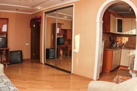 Сдается 1-комнатная квартира посуточнов Уфе, ул. Нежинская, 10.
