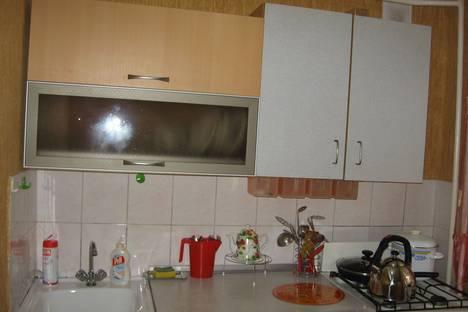 Сдается 1-комнатная квартира посуточнов Нефтеюганске, 8 мкр, 21дом.