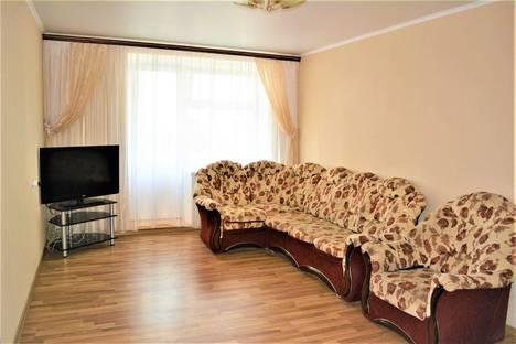 Сдается 3-комнатная квартира посуточно в Орле, 2-я Посадская ул, 4.