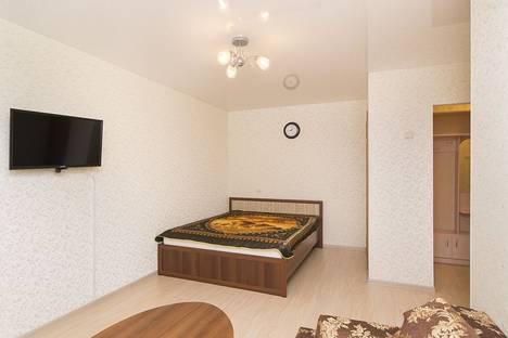 Сдается 1-комнатная квартира посуточнов Екатеринбурге, ул. Мичурина, 56.