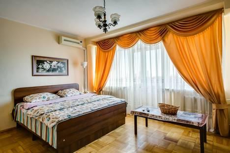 Сдается 2-комнатная квартира посуточно в Ростове-на-Дону, Ворошиловский проспект, 60.