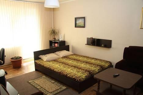 Сдается 2-комнатная квартира посуточно в Белгороде, ул. Есенина, 26.