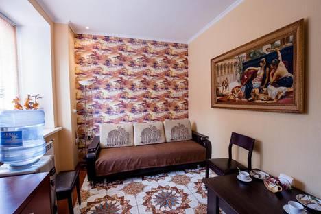 Сдается 2-комнатная квартира посуточно, ул. Челюскинцев, 9.