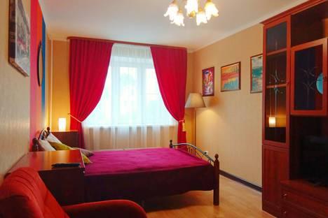 Сдается 1-комнатная квартира посуточно, Татарская улица, 13.