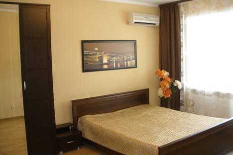 Сдается 1-комнатная квартира посуточно в Астрахани, ул.Бакинская, 4/1.