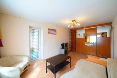 Сдается 2-комнатная квартира посуточно во Владивостоке, Пологая, 53а.