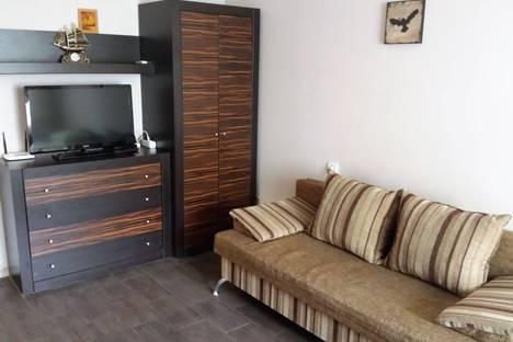 Сдается 1-комнатная квартира посуточно в Краснодаре, ул. Ставропольская, 107/11.