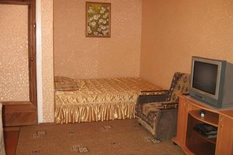 Сдается 1-комнатная квартира посуточно в Казани, ул.Татарстан, д.52.