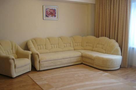 Сдается 1-комнатная квартира посуточно в Красноярске, Ул. Республики, 43.