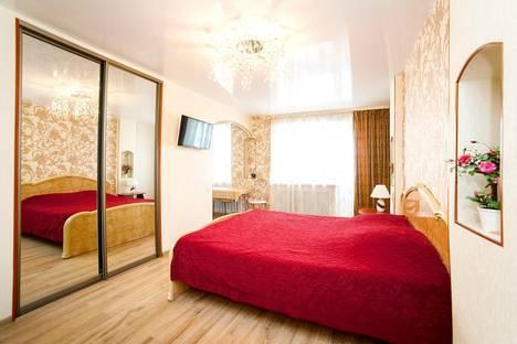Сдается 1-комнатная квартира посуточно в Кургане, Горького, 110.