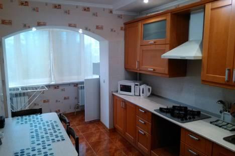 Сдается 2-комнатная квартира посуточно в Железноводске, ленина 100.