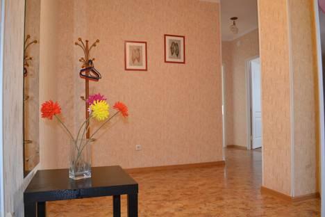 Сдается 2-комнатная квартира посуточно в Набережных Челнах, ул. Ахметшина, 130.
