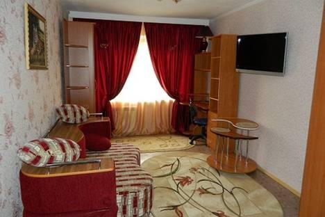 Сдается 2-комнатная квартира посуточно в Нижневартовске, Комсомольский бульвар, 16а.