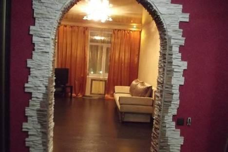 Сдается 2-комнатная квартира посуточно в Ульяновске, Третьего Интернационала, 2.