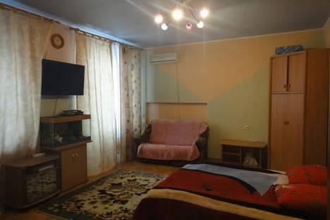 Сдается 1-комнатная квартира посуточно в Железноводске, ул. Мироненко, дом 2.