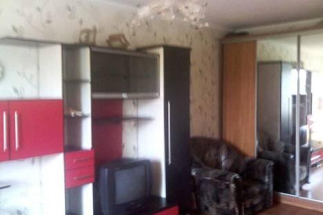 Сдается 1-комнатная квартира посуточнов Архангельске, ул. Розинга 6.