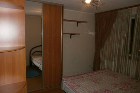 Сдается 3-комнатная квартира посуточно в Перми, Петропаловская 119.