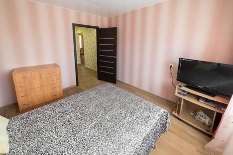 Сдается 2-комнатная квартира посуточно в Пскове, ул. Рокоссовского, 32.